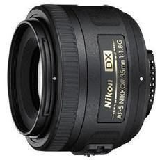 35 mm / F1.8 Nikon AF-S DX