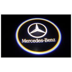 Proiettori Con Led Per Auto Con Il Logo Mercedes