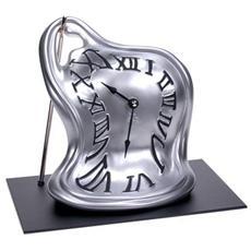 Orologio da tavolo ''Orologio bis blob'' in resina decorata a mano Meccanismo al quarzo tedesco UTS Dimensione cm 24x21x20 Colore cromo