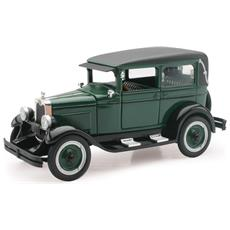 New Ray Chevy Imperial Lanau 4 Door 1928 Classic Collection 1:32 Art. 55153ss