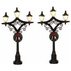 Due Lampioni Con Ghirlanda - Lantern Cod. 612117 Presepe