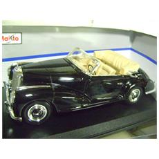 Mercedes Benz 300s 1955 1/18 Metal Maisto Special Edition!