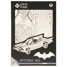Dc Universe Metal Model Kit 1966 Batmobile 25 Cm