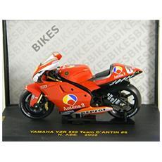 Rab037 Yamaha Yzr500 Antena 3 Gp 2002 1/24 Modellino