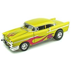 21356 Chevrolet Belair Drag Version 1/18 Modellino