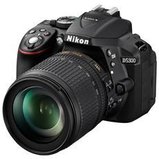 NIKON - D5300 Kit 18-105 VR Sensore CMOS 24.2 Mpx Display 3'' Filmati Full HD Wi-Fi GPS