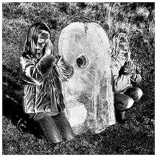 Andrew Liles (Featuring Dave Anderson of Hawkwind) - A Million Infant Breaths