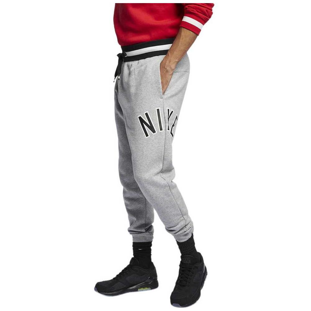 abbigliamento nike