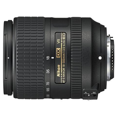 Obiettivo 18-300 mm F / 3.5-6.3 G ED VR Attacco Nikon AF-S DX