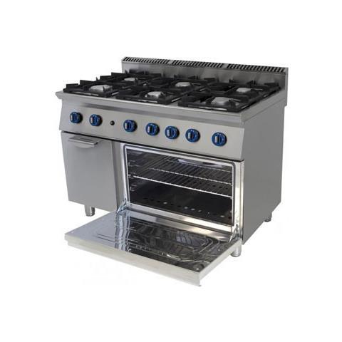 Cucina A Gas 6 Fuochi Su Forno A Gas A Convezione. 120x70x90h.