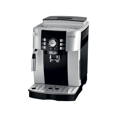 Macchina da Caffè Espresso Automatica Magnificas Serbatoio 1.8 Lt. Potenza 1450 Watt Colore Nero / Argento