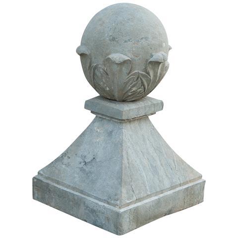 Elemento Decorativo In Pietra L30xpr30xh50 Cm
