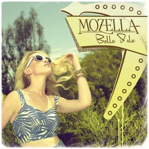 UNIVERSAL Mozella - Belle Isle