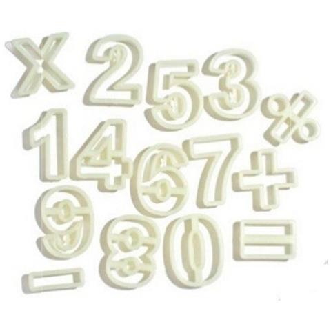 Set 15 Tagliapasta In Plastica Numeri E Simboli